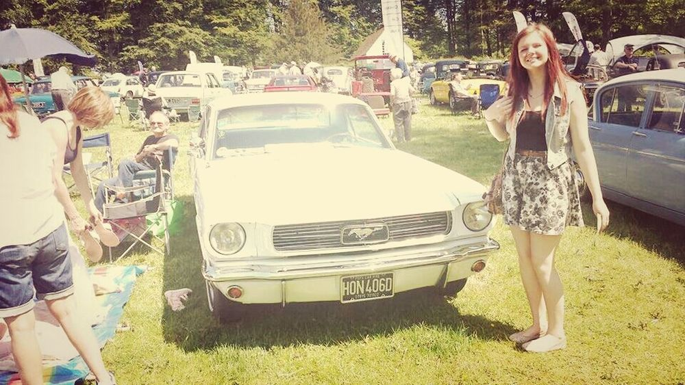 Old Ford CarShow Summer
