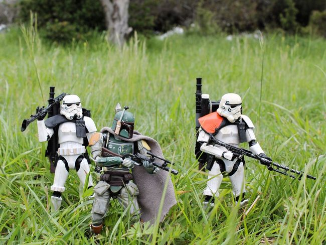 """It's all too quiet."" Starwars Starwarstoys Starwarstoyfigs Starwarstoypics Starwarsblackseries6inch Starwarsblackseries Starwarsblackseriessandtrooper Revoltechbobafett Sandtrooper Bobafett TBSFF Hasbro Toyboners Toydiscovery Toyplanet Toptoyphotos Ohiotoykick Toyphotography Toyslagram Toystagram Actionfigurephotography Toyartistry_elite Toyartistry Toycommunity Toyleaguestarwars"