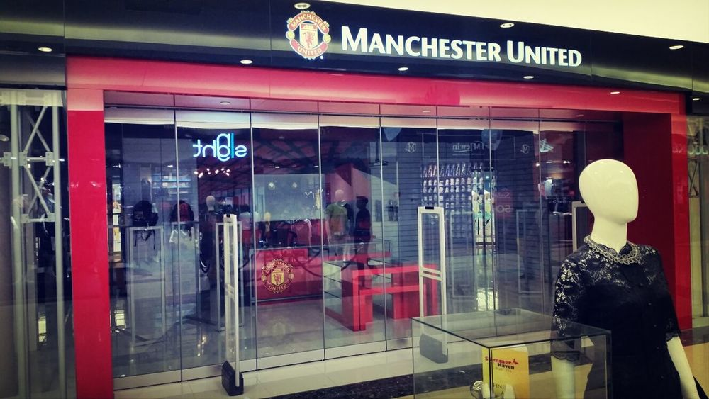 Nooooo!!! Im so sorry @iancabrera26. I tried, but they closed it down too. @ManUtd Manchesterunited