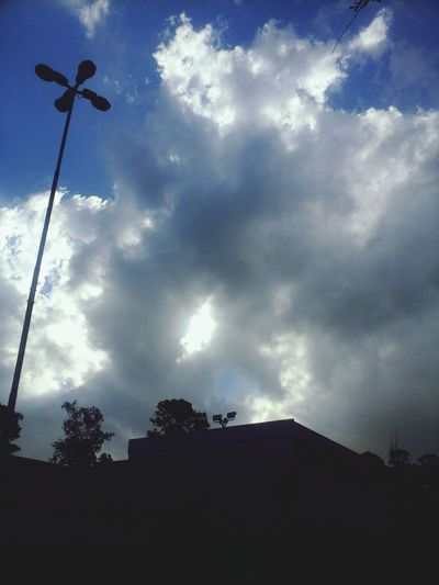 Hoje o céu tava perfeito Perfect Sol Y Nubes School ✌