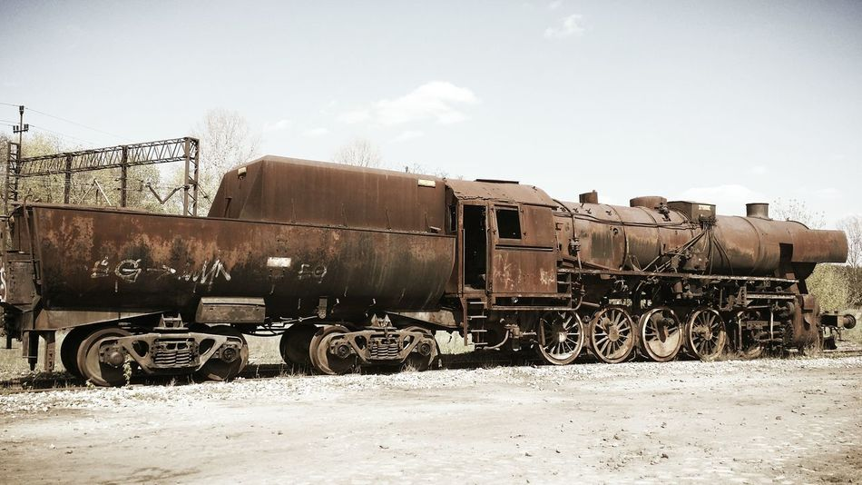Lokomotive Old Locomotive Train Old Train Eyeemphotography EyeEm Gallery Smartphone Photography Walking Around