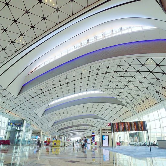 The Airport. HongKong Airport Modern City Ceiling Architecture Built Structure Railroad Station Railroad Track Train - Vehicle Metro Train Railroad Station Platform Subway Transportation Building - Type Of Building Passenger Train Freight Train Locomotive Subway Platform Public Transportation Shunting Yard Steam Train Railroad Platform Rail Transportation Subway Station