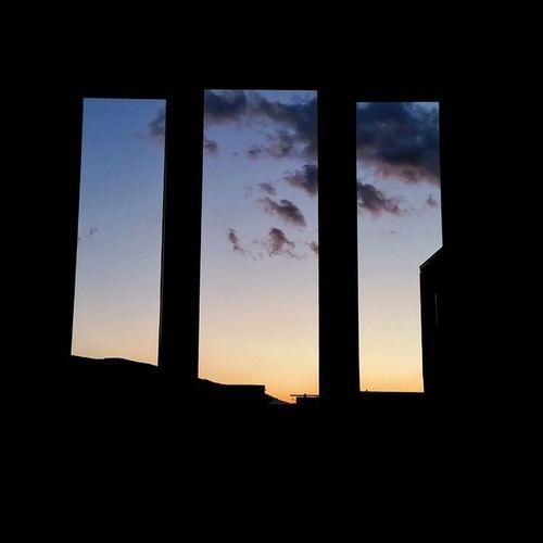 Manzara Wiev Window Windows Sky Bluesky Clouds Cloudsky Cloudscape Günbatımı Mavigökyüzü Blueclouds Bluecloudy Bluecloudysky Sunset Sunsets evden manzara keyff ☺