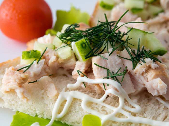 Bread with smoked chicken and cucumber. Chicken Close-up Cucumber Cutted Day Food Food And Drink Freshness Freshness Healthy Eating Indoors  No People Plate Ready-to-eat Serving Size Smocked Tasty Tomato Vegetable
