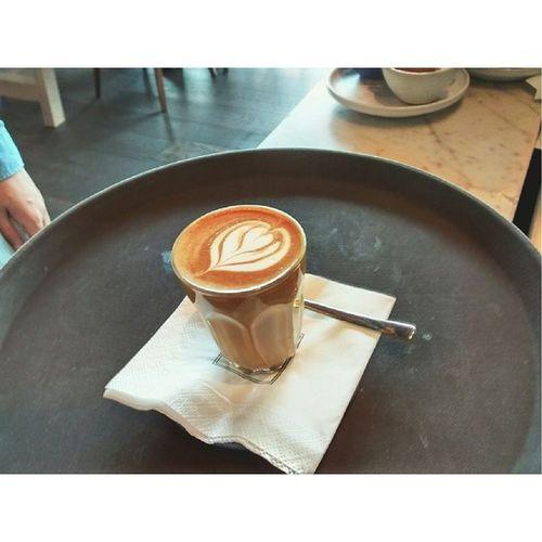 Piccolo Latte - good afternoon bangkok. :') Workflow Siwilairocket Bangkok Minilatte piccolo july13