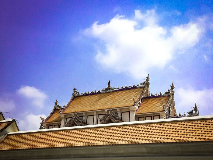 Temple Temple Architecture Temple Temple - Building Architecture Sky Cloud - Sky Built Structure Building Exterior Low Angle View Roof