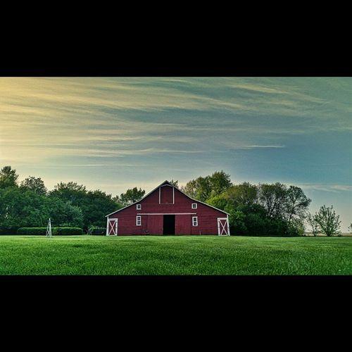 My parents' barn. Smalltown Northdakota Outonthefarm Bigredbarn rural nostalgia peacefulplaces ndlegendary