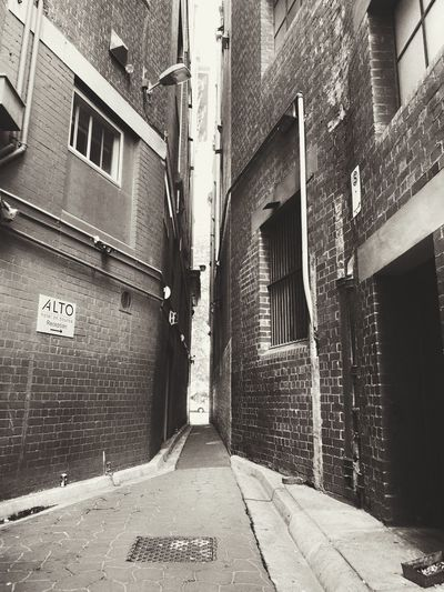 alley in Melbourne Architecture Building Exterior Built Structure Building Street Art Exterior Walkway Diminishing Perspective