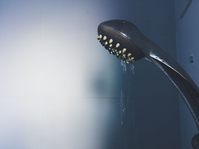 Drops of water from the shower in the bathroom. Room Clean Blue Background People Water Shawer Drop Bathroom Water Close-up Food And Drink Humpback Whale RainDrop Urinal Toilet Paper Toilet Bowl Domestic Bathroom Bathroom Sink Droplet Dew Water Drop Animal Fin Dominican Republic Tail Dripping Whale Pastry Jellyfish Served