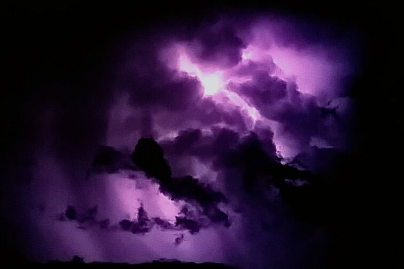 Thunderstorms Cloud - Sky Night Lights Nightlife Life Dark Space Nostars Light In The Darkness Lights Feeding Our Soul 💜⚡🌌
