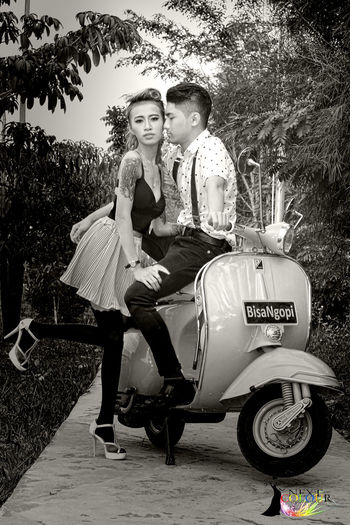 Markus & Rara Fang. Next Colour Model in Rockabilly Concept. Photo Event. Photoshoot Photographer Modeling Shoot Model Pose Modeling Fashion Photography Fashion Forever Fashion&love&beauty Urban Lifestyle Outdoors Rockabilly Pinup Pinupmodels PinUpGirl Pinupstyle Rockabillycouple Couplesphotography