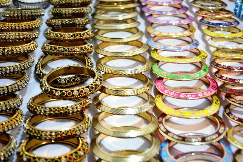 Beautifully Organized Bangles Stall Close-up Day Exhibition Urban Scenes Exhibition Hall