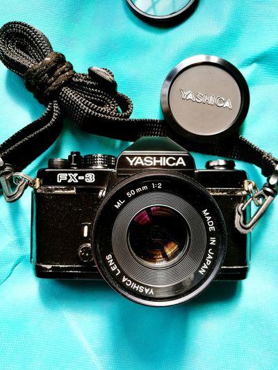 VINTAGE FILM CAMERA... YASHICA FX3... Yashica FX3 Vintage Film Camera Indoors  Camera - Photographic Equipment Communication Technology Photography Themes No People Close-up Day