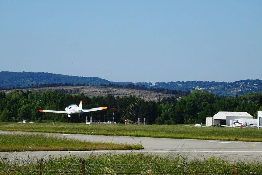 Vol Airplane Atterrissage Aerodrome Aviation Avions Piste Hangar