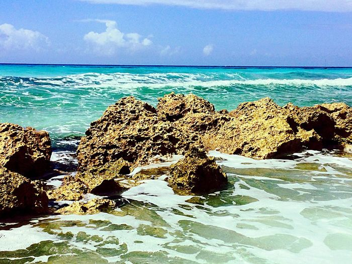 Welcome to Barbados! Barbados Accra Accra Beach Caribbean Sea Caraibi Vacation Relax Waves Waves, Ocean, Nature Waves Crashing Waves And Rocks Nature Relaxation Vacation Time EyeEm Best Shots EyeEm Nature Lover EyeEm Gallery EyeEm Best Edits