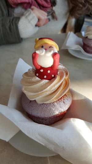 Happy Xmas!! ❤ Xmas Food Santaclaus Breakfast Xmastime XmasIsComing Santa Claus Christmastime Cupcake Xmas2015 Christmas Time Happyxmas Huge Breakfast