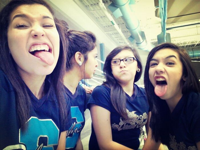 Matching faces with Carr while Marissa & Britt do the same ^.^