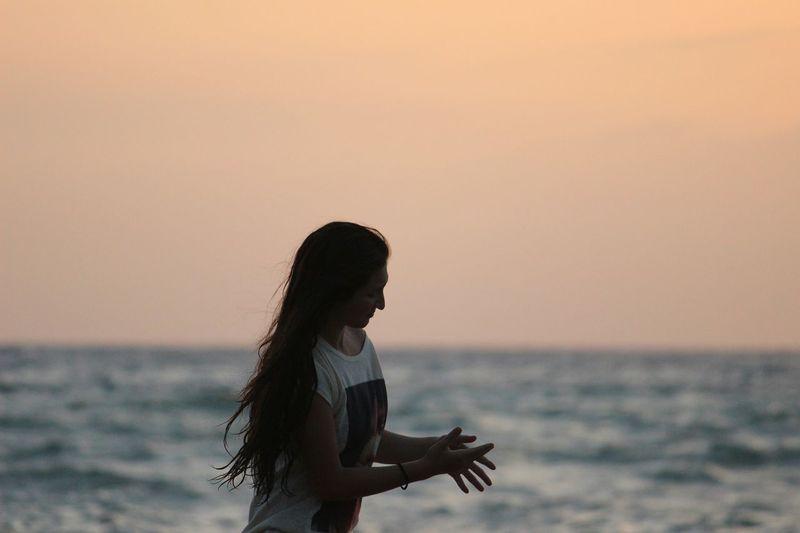 Sea Beach Me Paradies Sunset Goodphotography Canon Hair Girl Self Portrait Around The World