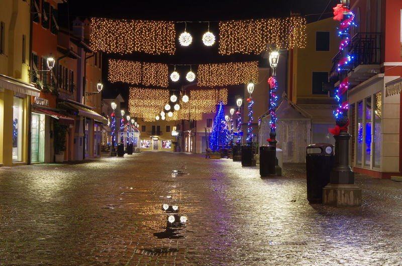 Architecture Built Structure Cristmas Cristmas Light Illuminated Light Night Night View Nightphotography No People Outdoors Peace Street Empty Water Mirror Water Reflections