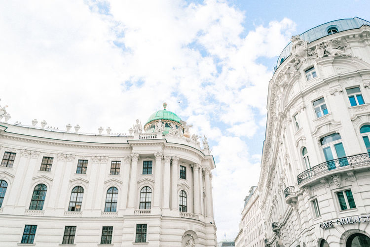 Architecture Architecture_collection Building Buildings & Sky Built Structure Cab City Photography City Street Europe Fiacre Fiaker Hofburg Hofburgpalace Hot Spot Lookingup Lookingup_architecture Palace Sightseeing Sissi Sky Sky And Clouds Vienna Vienna Sightseeing Vienna Trip Vienna, Austria The Architect - 2017 EyeEm Awards