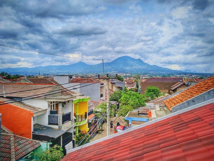 Gunung Manglayang Mountain Mountain Range Manglayang Gunungmanglayang Bumiorange Bandung Cityscape Sky Architecture Building Exterior Built Structure
