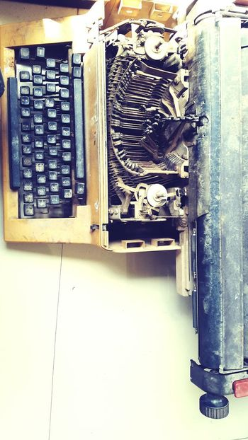 Indoors  Technology Type Writer Business Finance And Industry High Angle View Typer Writer Vintage Industry Close-up