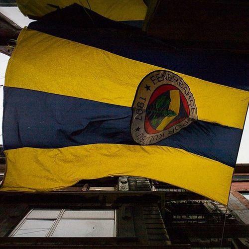 Elbette Fenerbahçe Fenerbahce  Fenerbahce  1907 Sarikanarya sarilacivert fenerinmacivar yikilmayansonkale istanbul flag bayrak