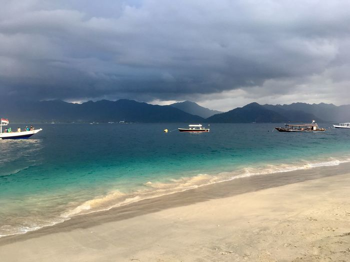 Lombok Indonesia_photography Beach Boat Sea Sea And Sky Holiday Picoftheday