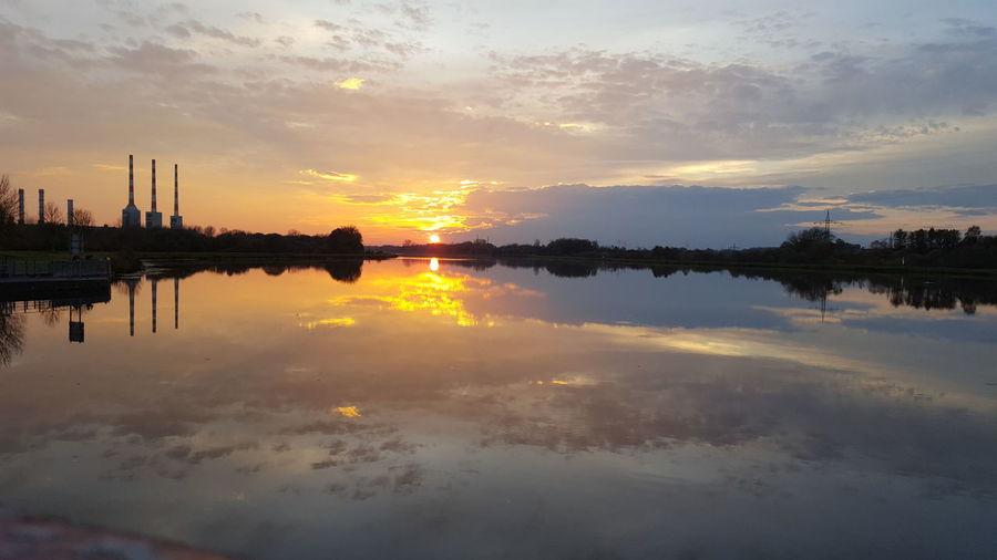 Sunset Reflection Vorburg Ingolstadt