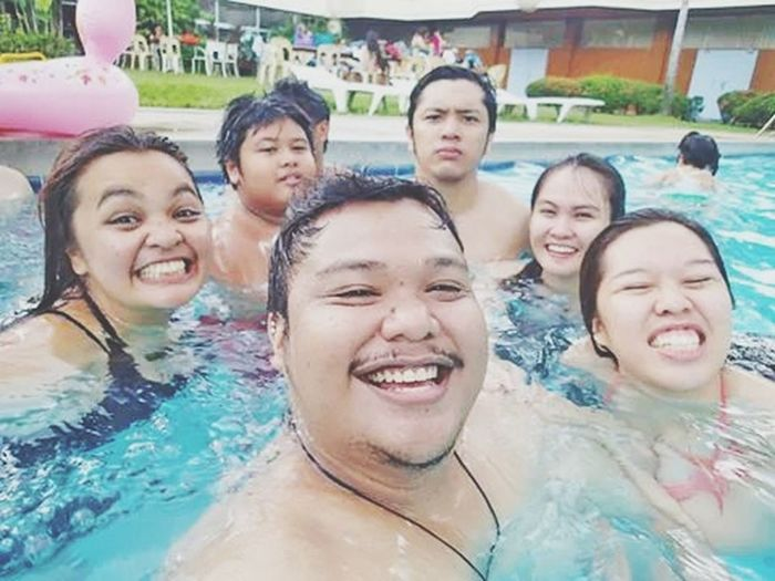 cousin love. it's their sembreak. swimming stress out.