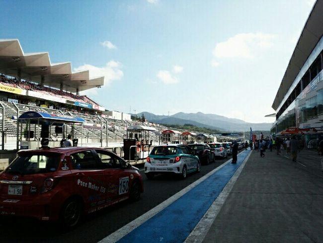 コースイン Circuit Race Vitz