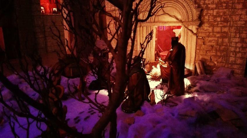 No People Outdoors Day 2017 Pastori Presepe Architecture Christmas Spirit Statuine Luci Natale  Tranquility Celebration Snow Winter Night Gesù  Nativity Scene Pecore Gesù  Relax Full Frame Inverno Natale