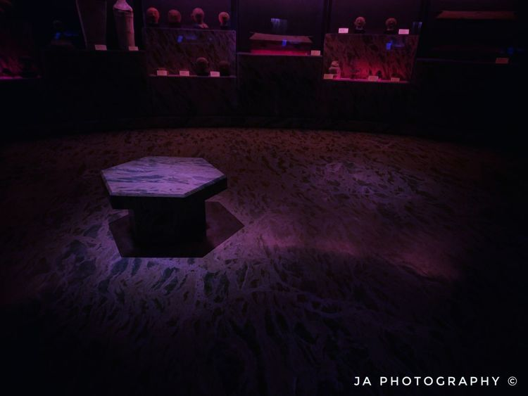 Vampires den Indoors  No People First Eyeem Photo Creepy Sinister Darkroom Indoors  Indoors  Vampires Indoors  Day