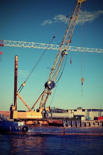 crane of a yard