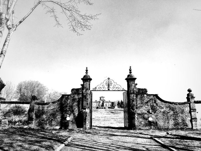 Chignolo Po, Marzo 2019 Blackandwhite Outdoors Castle Gate Fields Trees Sky Historical Site Historical Building Built Structure