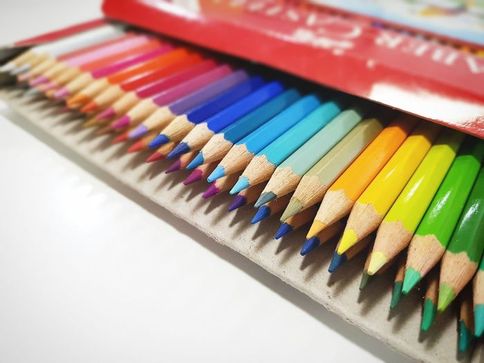 Oddly satisfying Colored Pencil Multi Colored Variation Close-up OCD Much? OCDIssues