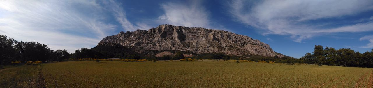 Panoramic view of montagne sainte-victoire against sky