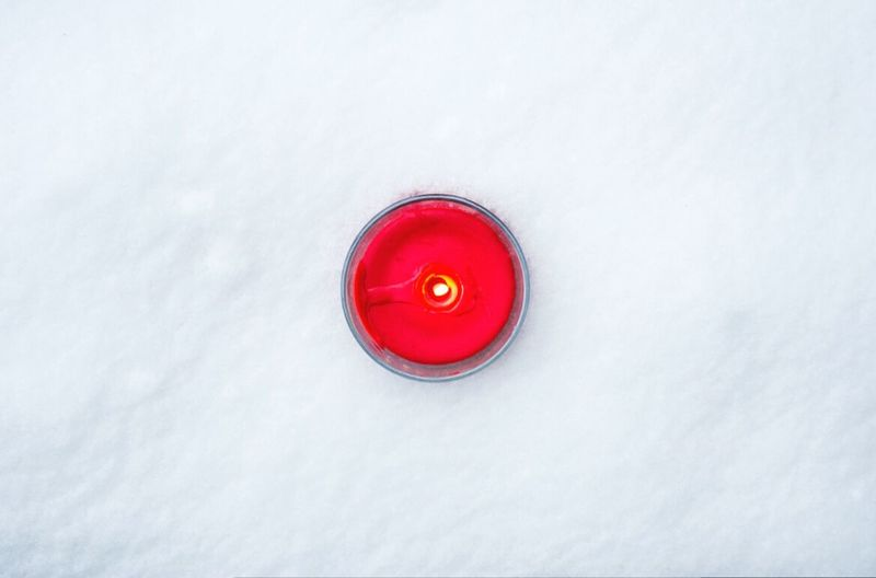 Open Edit No People Snow Composition Our Best Pics Freshness Cold Temperature Snowing Lifestyles Candle Candlelight Candle In The Snow Eyeem Photo From My Point Of View By Ivan Maximov Winter Composition Beauty In Nature Outdoors Photo Of The Day My Year My View Winter Love Nature Lovers Photography White Time Main White Red Textured