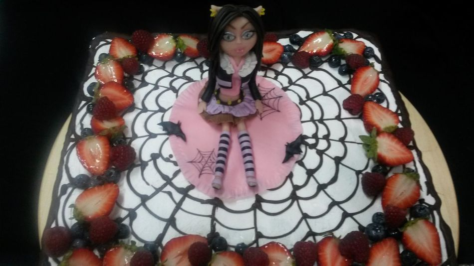 Cake Berries Beautiful Cake Birthday Cake торт вкусно торт на заказ First Eyeem Photo Sweet Food For The Femily Cake cake with Winx fairy