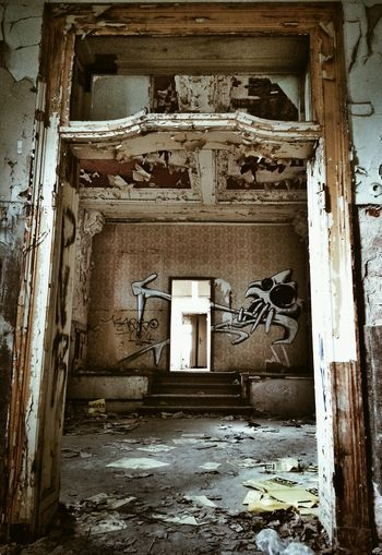 Come in! Abandoned Buildings Urbex EyeEm Best Shots NEM Derelict