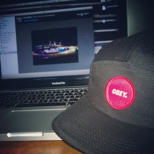 2.200 Photos and a new OBEY Head! BOTY2013