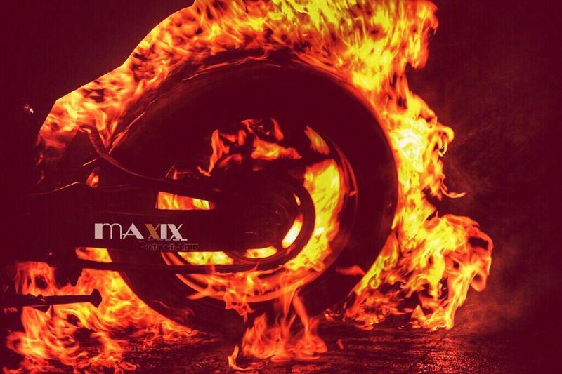 Motorcycle Burnout Burnout Asphalt Onfire🔥 Gasoline Fire Bike Motorbike Maxix Fotografie Und Werbedesign