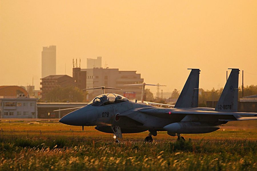 夜間飛行訓練 F15 航空自衛隊 EyeEm Best Shots Flying Sunset Airplane Sky Air Force