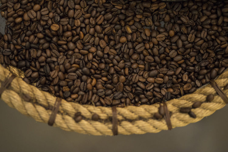Coffee Day Indoors  Close-up Food And Drink Roasted Coffee Bean Food Large Group Of Objects Abundance Coffee Brown Freshness No People Coffee - Drink Sack Raw Food Agriculture Still Life Roasted Full Frame Coffee Crop High Angle View Caffeine