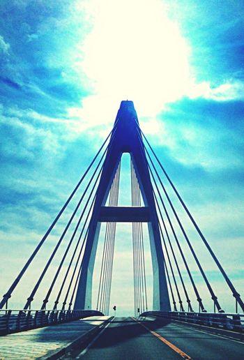 A!…以外言葉が思いつかない Sun Sky Bridge Blue