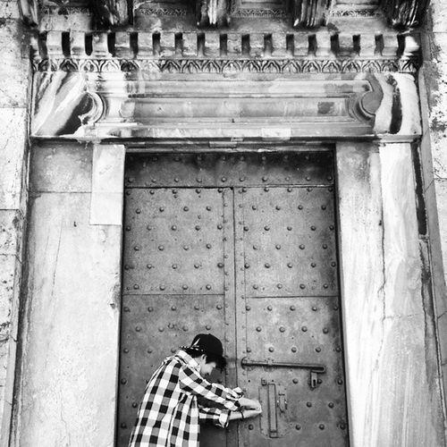 Cool Door 👊 Pisa Italy