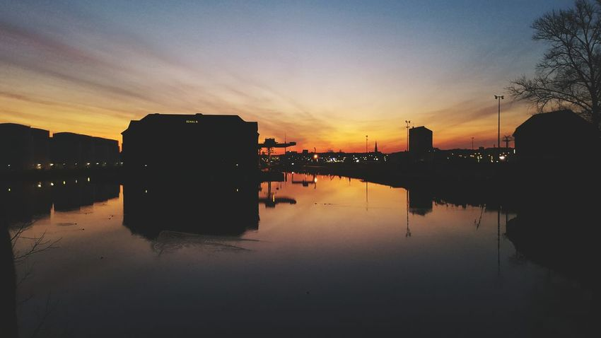 Morning Sky Reflected Glory Heideglühen