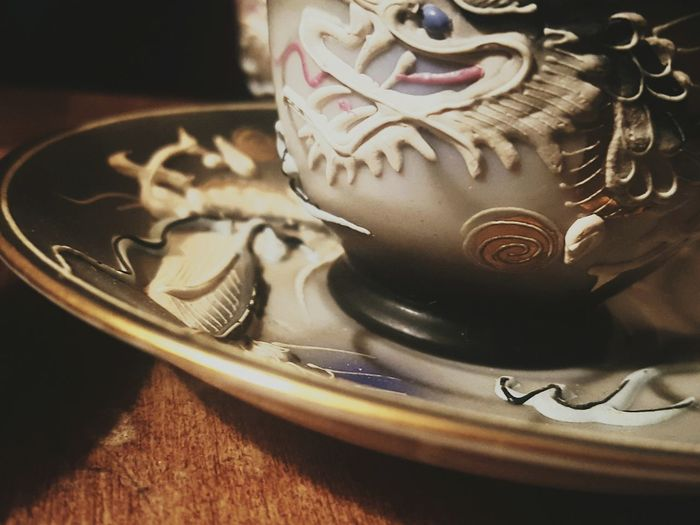Are you tired of my dragon tea cups yet? 😄😂😊Forgive me! I love them and I have never shot them before. I've been playing with them in VSCO . They came from my Belva when she died. Her husband, my grandfather, was a cook in WWII and he brought them back from his tour of Japan. I will only post one more. Maybe two. Three at most 😃😆Thank you for bearing with me and I really appreciate the likes on pictures like these 💖💖💖💖💖 Youmobile