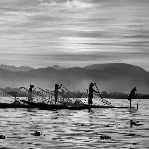 Travelphotography Burma Myanmar Inle Inlelake Fishermen Sunset Silhouette Bw Blackwhite