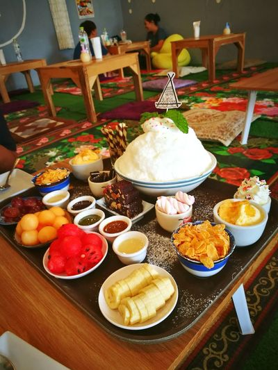 จุด3จุด Food Food And Drink Ready-to-eat No People Taking Photos HuaweiP9Photography HuaweiP9 Live For The Story Outdoors Yummy Food Foodphotography Dessert Sweet Sweet Food จุด3จุด